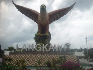 Mamma og guttene på Langkawi.